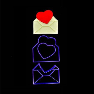 Emporte pièce enveloppe ouverte coeur