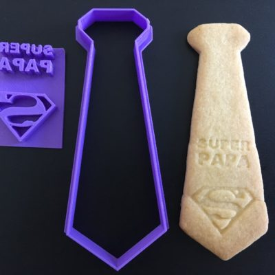 Emporte pièce cravate + tampon super papa