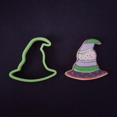 Emporte pièce contour chapeau de sorcière