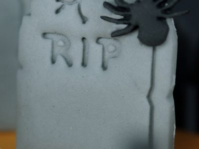 HALLOWEEN 5 tombe araignée